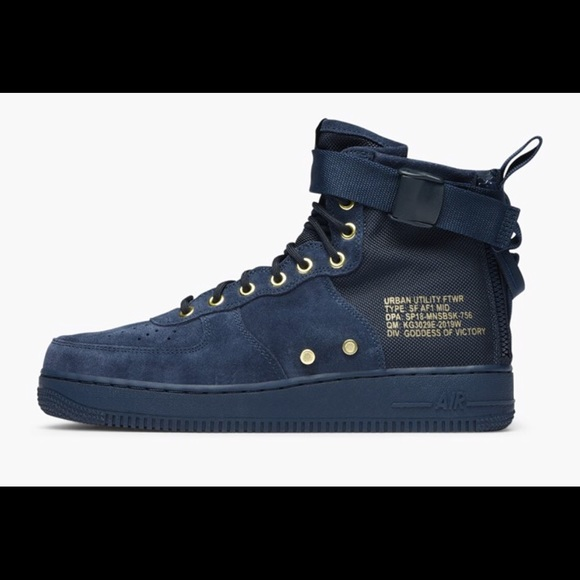 buy online ea345 2b0f3 Nike Air Force 1 SF AF1 Mid Obsidian Dark Black